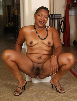 old black woman pussy